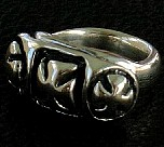 21. 3 Cross Ring (vintage silver).jpg