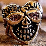 42HS. JJ's Heart Skull Ring (shoe fits).jpg